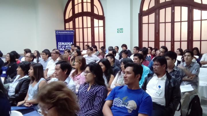 Conferencia sobre Estrategias Digitales en la Semana de la Mype