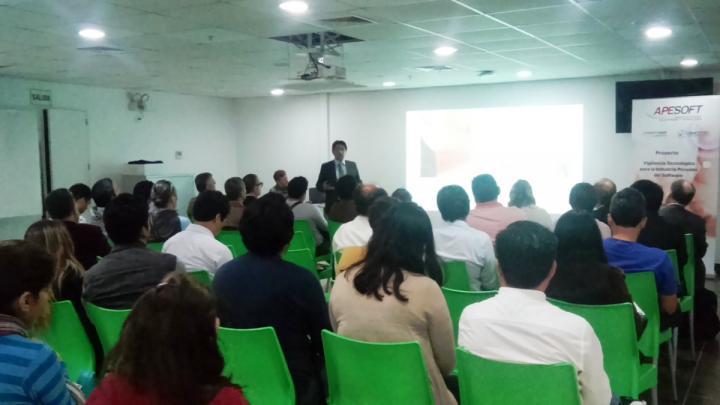 Conferencias y Talleres de Innovación en San Isidro por el Dia del Internet